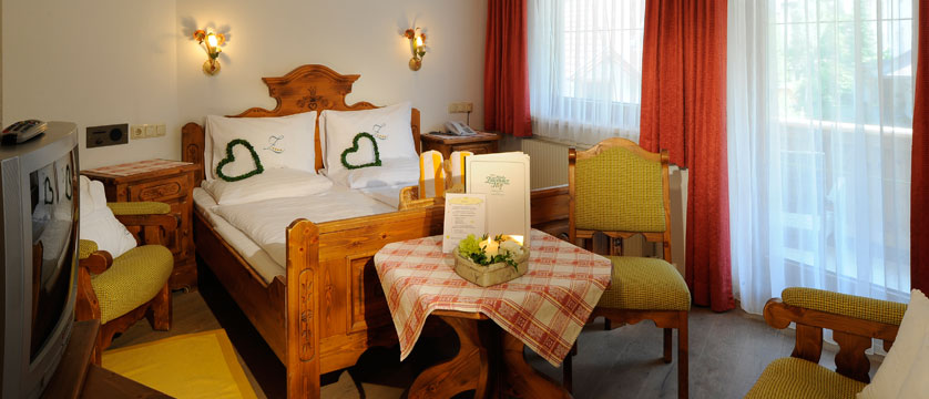 Hotel Zillertalerhof, Mayrhofen, Austria - Single bedroom.jpg